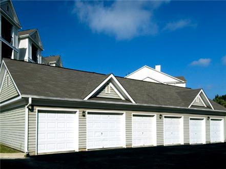 Private garages for rent